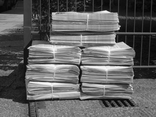 A pile of news papers